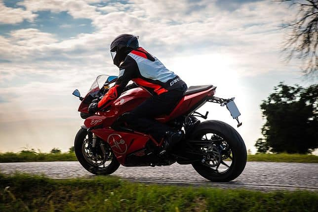 Premiera motocykli Energica   RS. Przyspieszają do setki w niecałe trzy sekundy