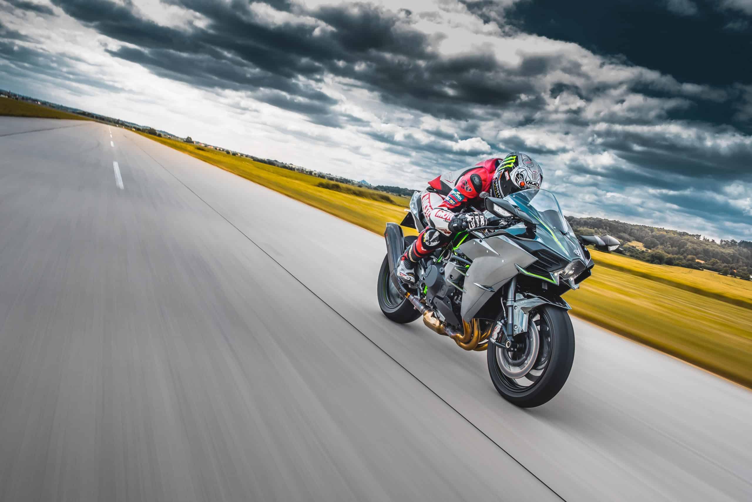 Rynek motoryzacyjny. Po trzech kwartałach 2020 najlepiej sprzedają się motocykle
