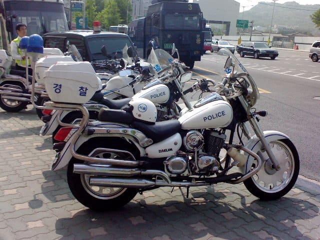 Policja koreańska używa Daelimów od lat. (fot. Chopaksa1019/Wikipedia/DCF 1.0)