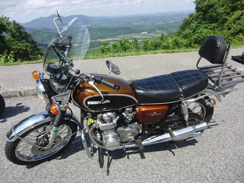Najlżejsze motocykle o pojemności 500 ccm. Dobre na początek?