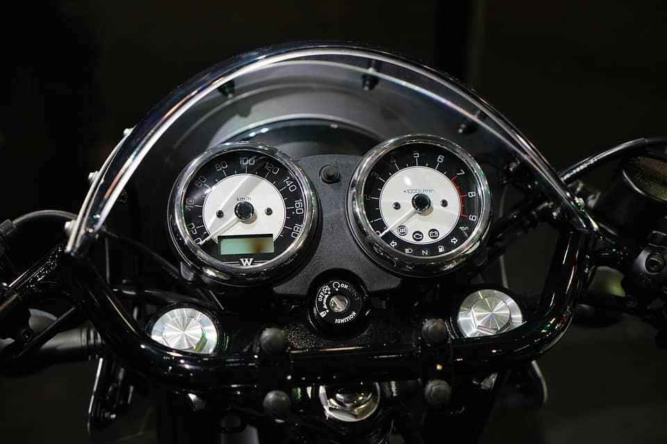 Gadżety przydatne w podróży motocyklem