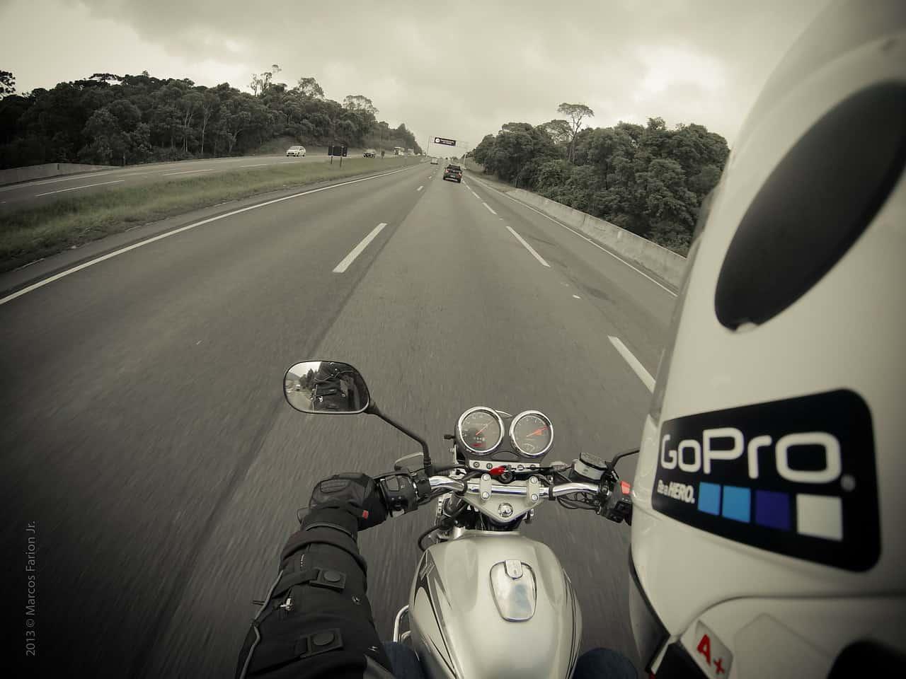 Śmiertelny wypadek we Frydrychowicach. 34-letni motocyklista zginął na miejscu…