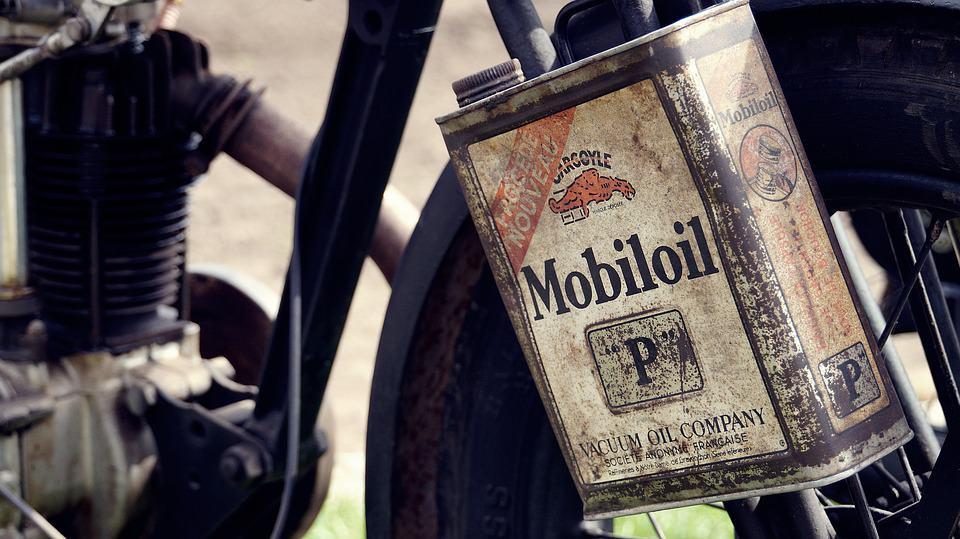 Jaki olej wlać do motocykla? Podpowiadamy
